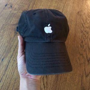 Accessories - APPLE HAT 🌟